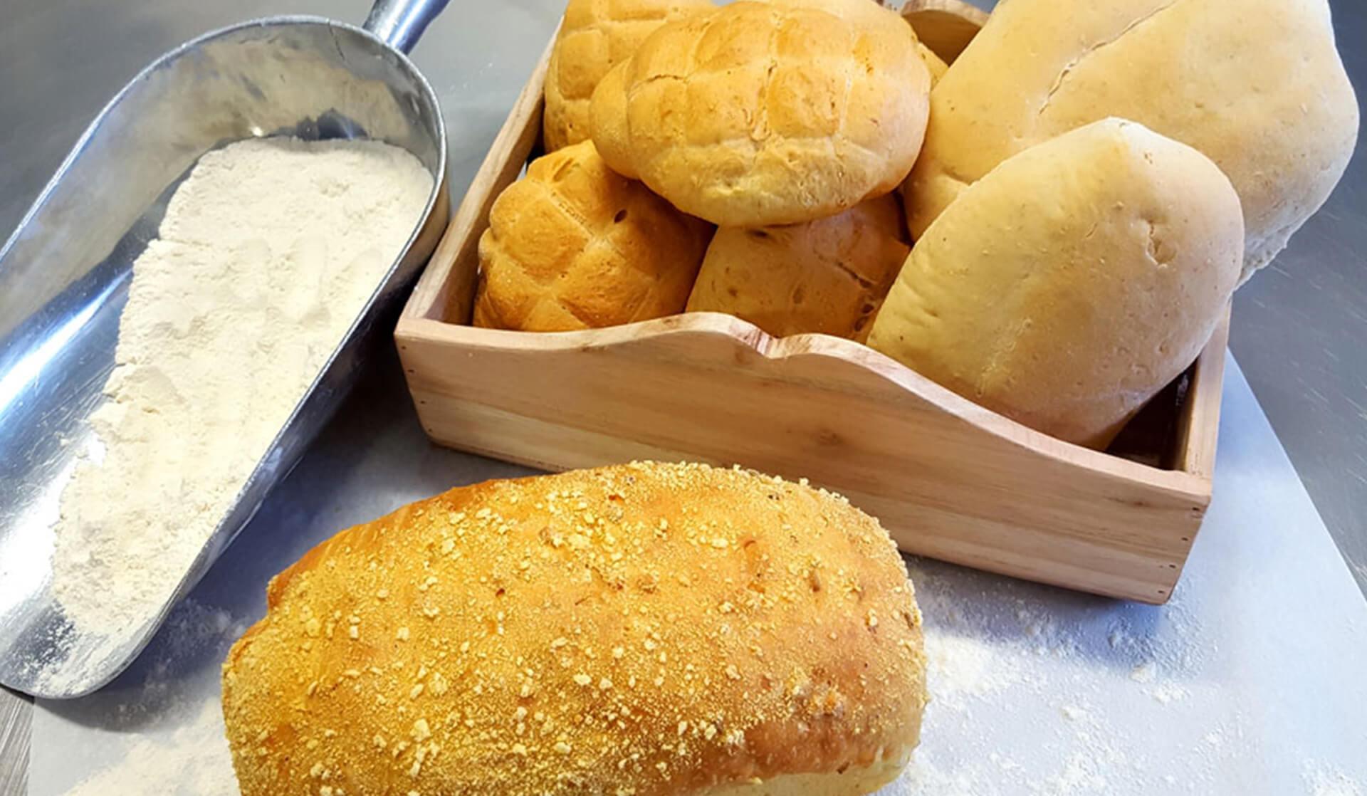 Pane con farina di avena e mais